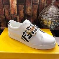 Fendi 2018 latest small white shoes leather casual shoes