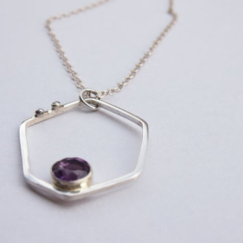Purple silver necklace with amethyst stone, silver pendant with amethyst stone, pecious stone pendant, faceted stone pendant, womens jewelry