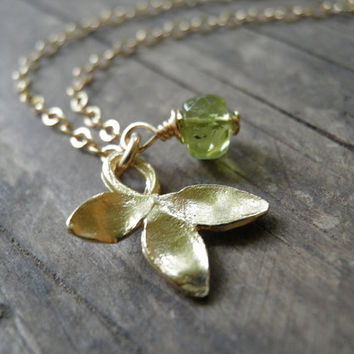 Gold Petal Necklace, Green Peridot Necklace ,14K Gold Filled Chain, August Birthstone Charm Necklace,  Minimalist necklace, Summer Fashion