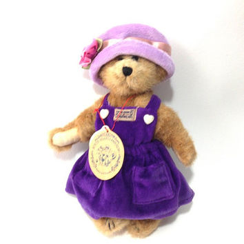 Boyd's Bear, Bailey Bear, collectible Bear with Sweater and Hat