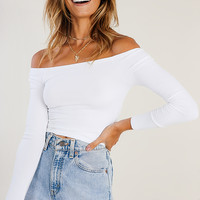 Eye Of The Beholder Off-Shoulder Top // White