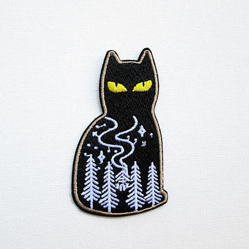 Black Cat Embroidered Patch Iron on Applique Cat Patches for Jackets Yellow Eyed Cat at Night Fun Cat Patches