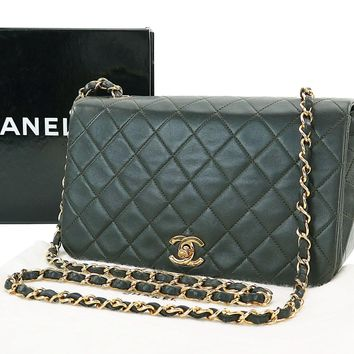 Auth CHANEL Green Quilted Lambskin Leather Gold Chain Shoulder Flap Bag #27334