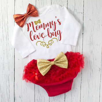 baby girl valentines day outfit - girls valentines outfit - baby girl clothes - baby girl outfit - mommys love bug - newborn valentines day