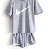 shosouvenir : Nike Women Casual Short Sleeve Top Sport Gym Sweatpants Set Two-Piece Sportswear