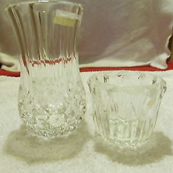 TWO FENTON FLOWER VASES BOTH ARE CLEAR