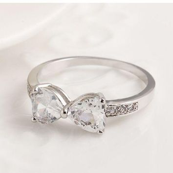 ONETOW Simple ring crystal ring bow ring peach heart on the diamond ring