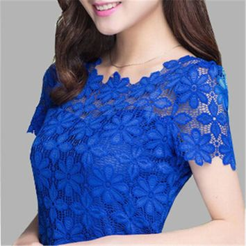 2017 New Summer Women Short Sleeve Shirts Lace Tee Tops Women Clothing Women Lace Blouse Sexy Floral Sheer Blouses M-5XL Blusas