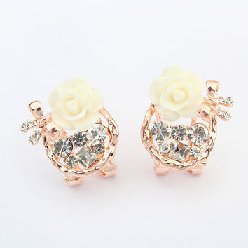Korean Floral Butterfly Earrings [4919104132]
