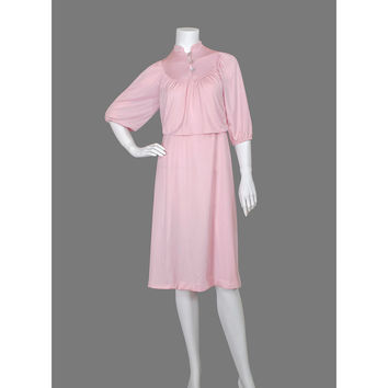 Pink 1970s Dress / Boho 70s Dress / Gathered Peasant Dress / Secretary Dress