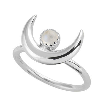 Under The Spell Of The Moon Ring
