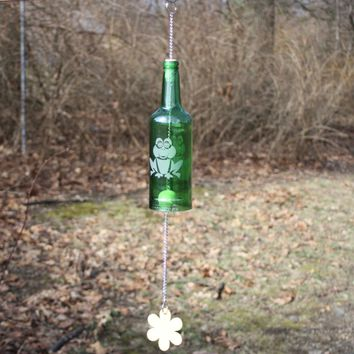 Frog Wind Chime, Frog Chime, Upcycled Wine Bottle Wind Chime, Sand Etched Images