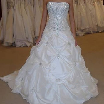 Popular White Lace Up Beaded Bridal Dresses Strapless Long Train Elegant Wedding Dresses Gowns 2014