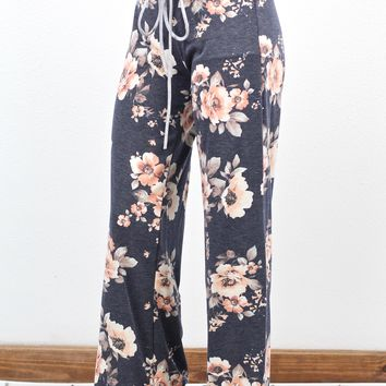 Soft + Comfy Floral Print Lounge Pants {Navy}