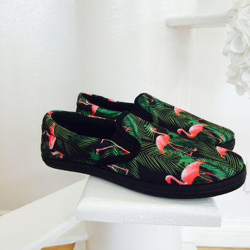 Flamingo Summer Slips- Black