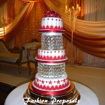 sale wedding cake stand or cake dividers with crystals chandelier