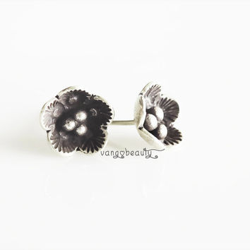 Pure sterling Silver stunning 3D Cherry Blossom Stud earrings