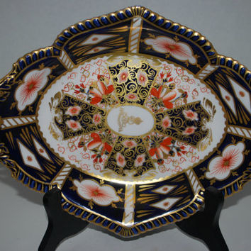 Royal Crown Derby Imari  oval  bowl  King Edward VII commissioned   porcelain