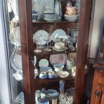 ANTIQUE CURVED GLASS CURIO CABINET LATE 1800s