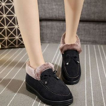 Casual Women Snow Boots Autumn Winter Faux Suede Flat Slip On Warm Ankle Boots Plush Bowknot Slip On Shoes Non-slip