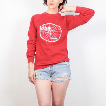Vintage Bicycle Sweatshirt 1980s Boyfriend Sweater Red White Bike Vermont Woodstock VT Hipster Athletic Cycling T Tshirt Jumper S M Medium