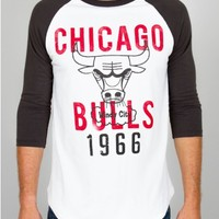 Junk Food Clothing - NBA Chicago Bulls Slam Dunk Raglan - NBA - Collections - Mens