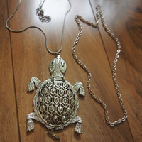 Estate Vintage Jewelry Necklaces  Chains Set  Pendant  Animal Tortoise Turtle  Filigree Stamping Silver  Choker F-012