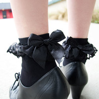 Lace Ruffle Anklets with Bow - Sock Dreams Socks