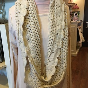 Sequin Knit Scallop Infinity Scarf (Cream, Taupe, Navy, Cranberry)