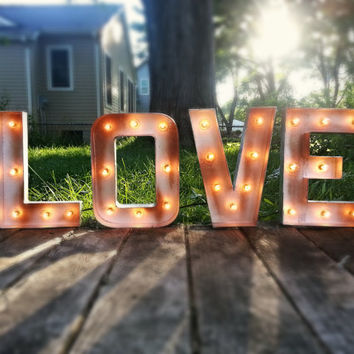 Plug in LOVE Light-up Marquee Sign