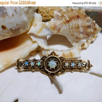 ON SALE 14k Australian Opal Pin Brooch Vintage Yellow Gold 4.91 grams