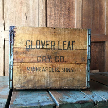 Vintage Wood Crate, Clover Leaf Creamery Wooden Crate, Minneapolis Minnesota Wood Crate, Rustic Storage