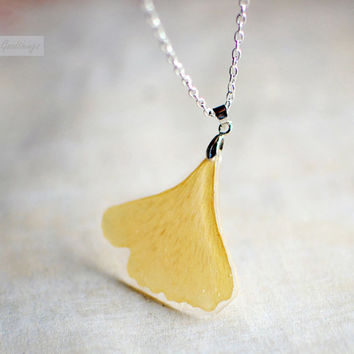 Ginkgo Leaf necklace Pressed leaf Statement Necklace Autumn jewelry woodland style resin jewelry, gift for a woman, gift under 40