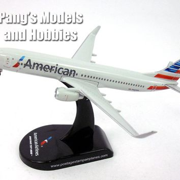 Boeing 737-800 (737) American 1/300 Scale Diecast Metal Model by Daron
