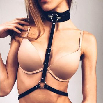 KMVEXO Fashion Sexy Harajuku PU Leather Statement Harness Buckle Punk Choker Collar Body Waist Necklace Club Party Jewelry 2018