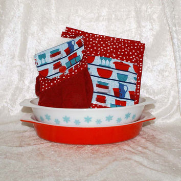 3 Piece Kitchen Set • Handmade Hanging Hand Towel • 2 Pot Holders • Vintage Pyrex & Fiesta Dishes • Retro Dish Cupboard Red Turquoise Dots