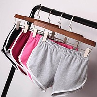 Women Sport Fitness Yoga Shorts Women Athletic Shorts Cool Ladies Sport Running Short Fitness Clothes Jogging Short