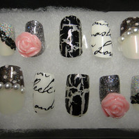 Hand Painted 3D Nail Art Fake Nail Set: Romance Collection