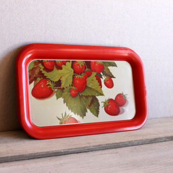 4 vintage metal trays // tv snack tray mid century // red strawberries print litho