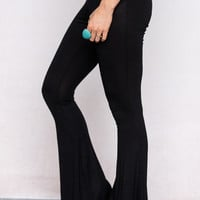 Flared Pull On Leggings In Black