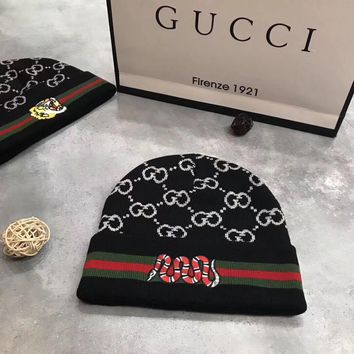 GUCCI GG Embroidered Logo Knit Hat Cap