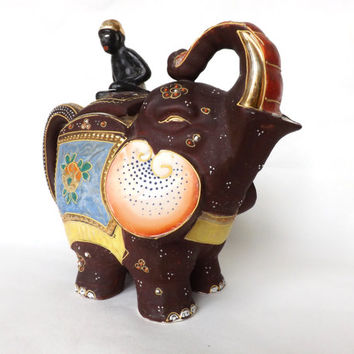 Vintage Elephant Tea Pot / Japanese Moriage Satsuma Teapot / Made in Japan / Elephant with Blackamoor / Asian Decor / Vintage Kitchen Teapot