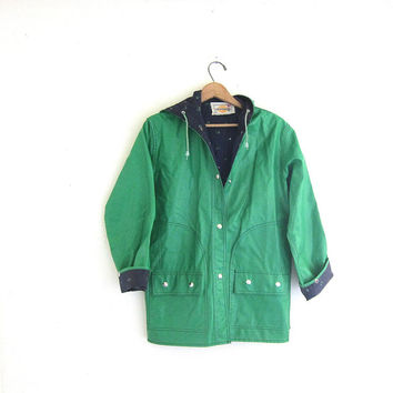 20% OFF SALE 80s green vinyl hooded raincoat with whale lining