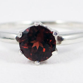 Mozambique Garnet Solitaire Ring Sterling Silver, January Birthstone Ring, Sterling Silver Ring, Garnet Solitaire