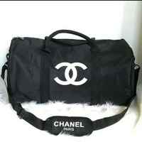 ONETOW NEW Authentic Chanel Duffle/ Traveling Shoulder Bag
