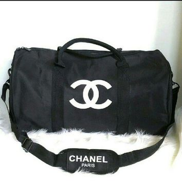 LMFAV0 NEW Authentic Chanel Duffle/ Traveling Shoulder Bag