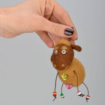 Keychain felted wool handmade fashion accessoryGift ideas Key holder Brown Sheep