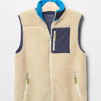 Gap Boys Colorblock Sherpa Vest