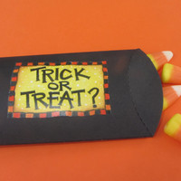 HALLOWEEN PILLOW BOX, candy,treat,favor,labels,stickers
