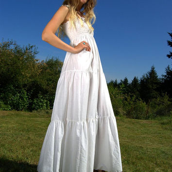 70's Tiered White Maxi Dress w/ Tube Top and Adjustable Ties - Vintage Country Wedding Dress - Summer Prairie Dress - Hippie Festival Dress
